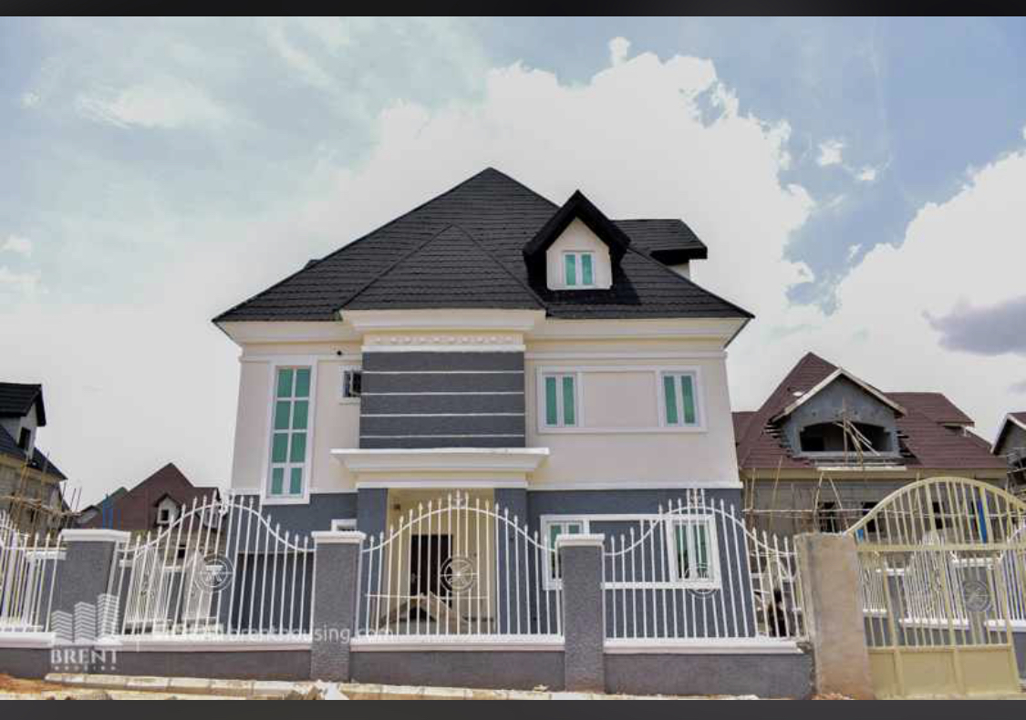 Fully detached 5-Bedroom Duplex {Carcass Option & Completed Option}